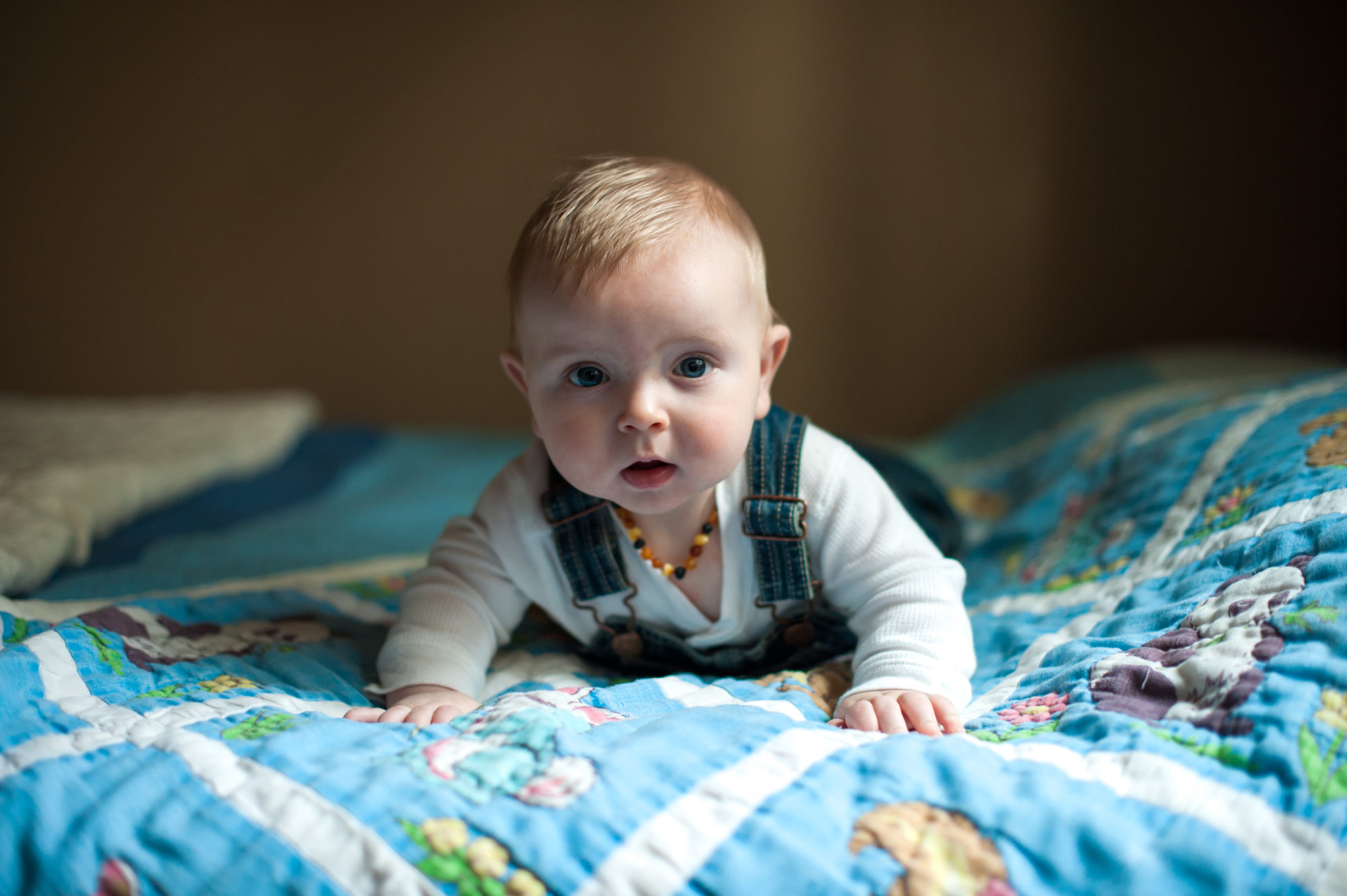 The child fell from the couch. First aid. Tips for young mothers 34